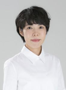 (C)新潮社青山さん